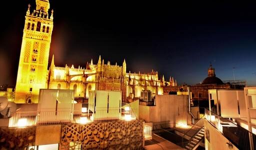 Eme fusi n hotel vanguardia en el casco hist rico de sevilla gestion urbana - Terraza hotel eme ...