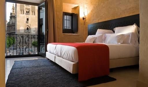 Eme fusi n hotel vanguardia en el casco hist rico de - Hotel eme sevilla spa ...